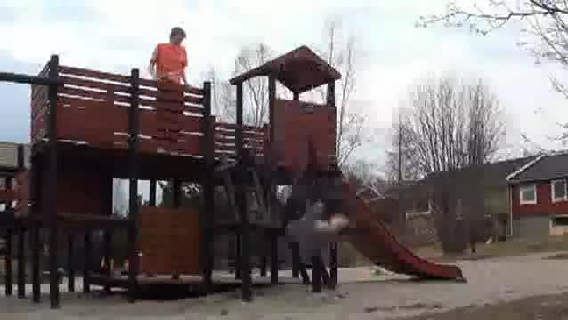 Playground Backflip Fail. .. HAHAHAHAHHAH!