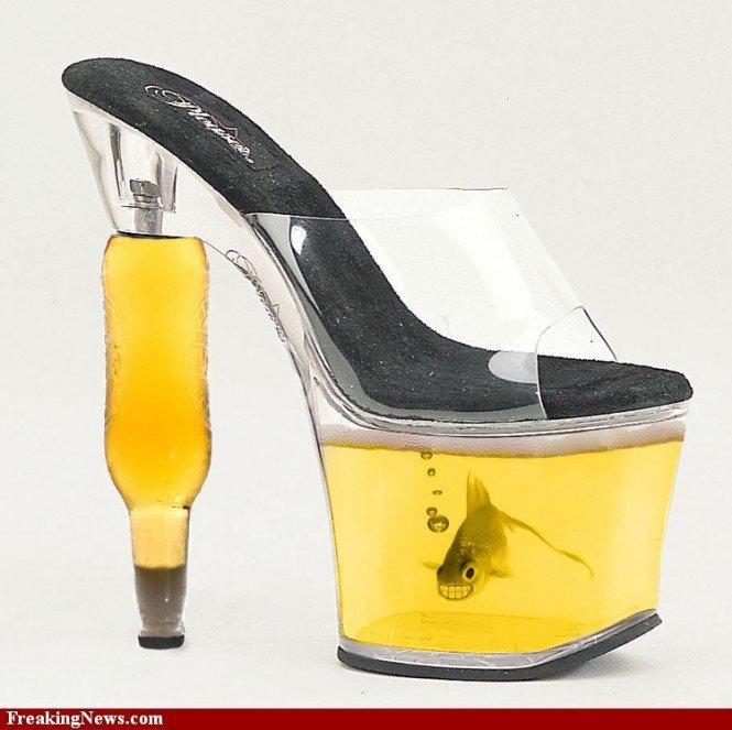 Fishy feet. . funny pic fashion