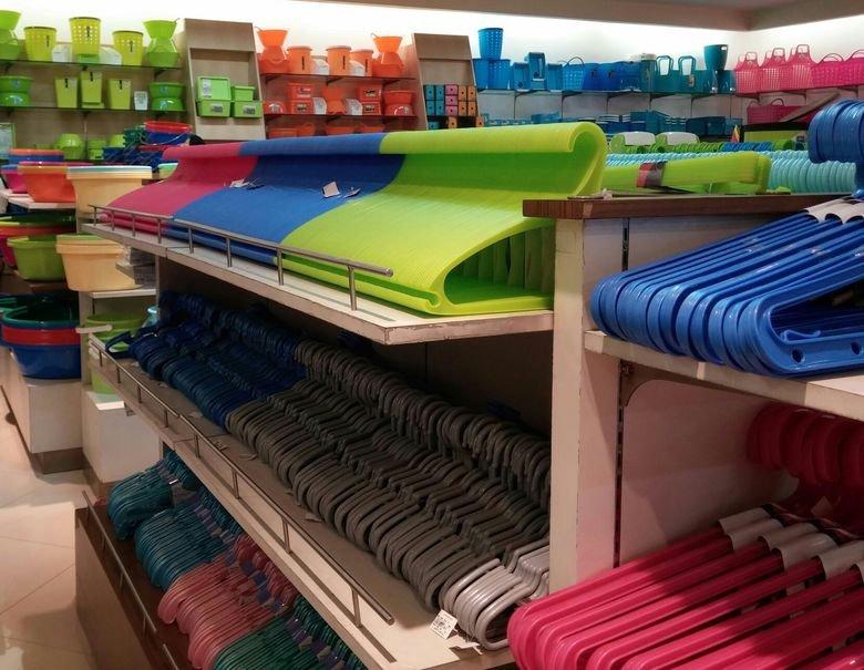 row of hangers. MMMmmmm I just wanna take one and flip it around. mmm