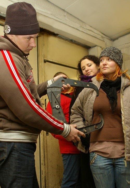 Russian Doorman. .. Its a trap. Boobs measure