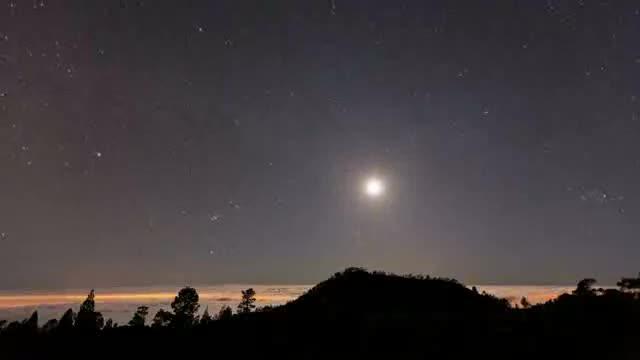 Cool Milky Way Timelapse. .. ...it's beautiful