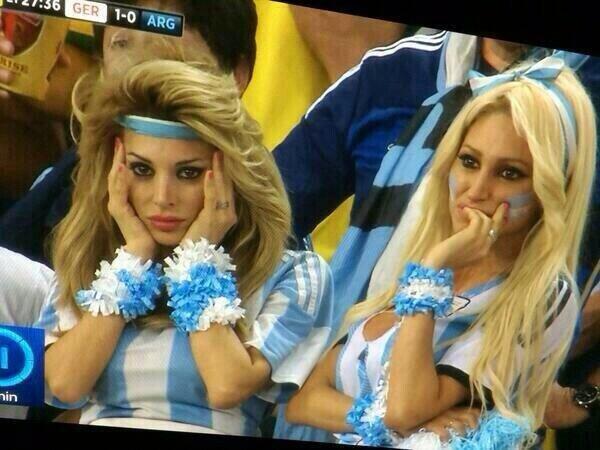 2 girls no cup. hai .. much misogynist so privilege rape 2 girls no cup