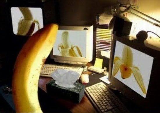 Banana Porn. .. I'd hit that. Banana Porn