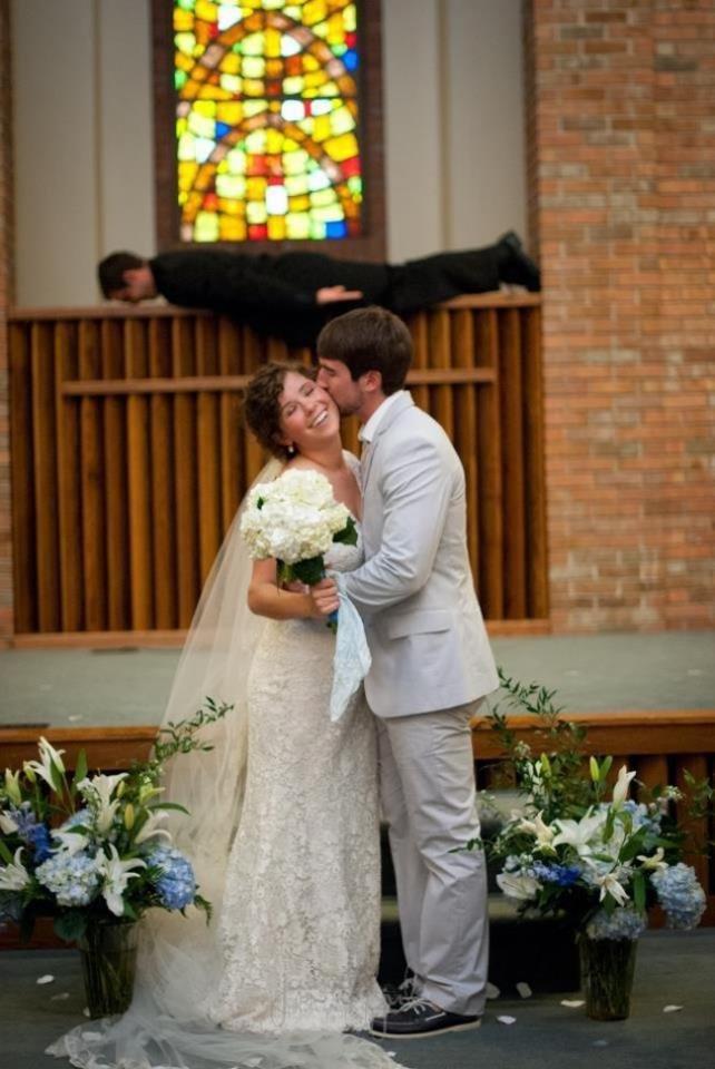 Bringing Planking back. .. the groom looks like FPSrussia Bringing Planking back the groom looks like FPSrussia