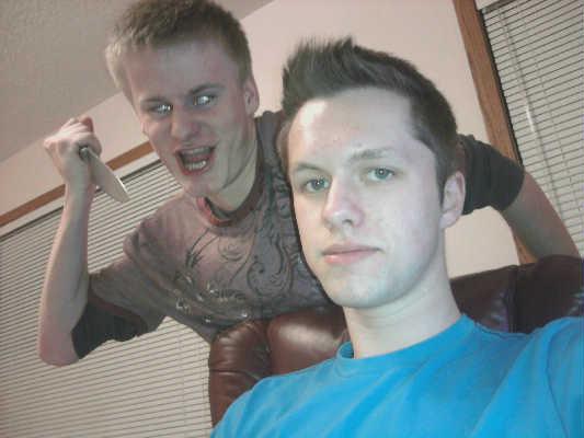 Facebook Fail. My friend's facebook profile picture.. lol fail facebook profile picture Knife stalker