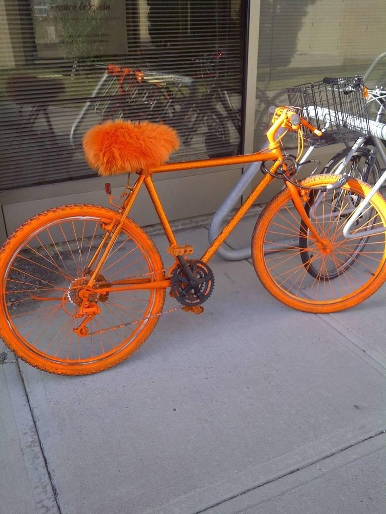 Found Phanacts Bike. heh.. Holy where can I get it nigga fuck yo ta