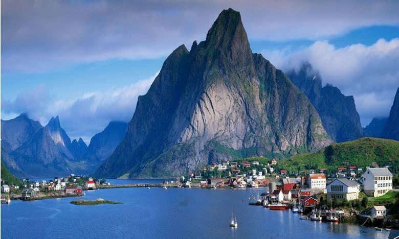 Norway is the best way. Gudvangen Enlarge for beauty.. AND we got oil Norway is the best way Gudvangen Enlarge for beauty AND we got oil